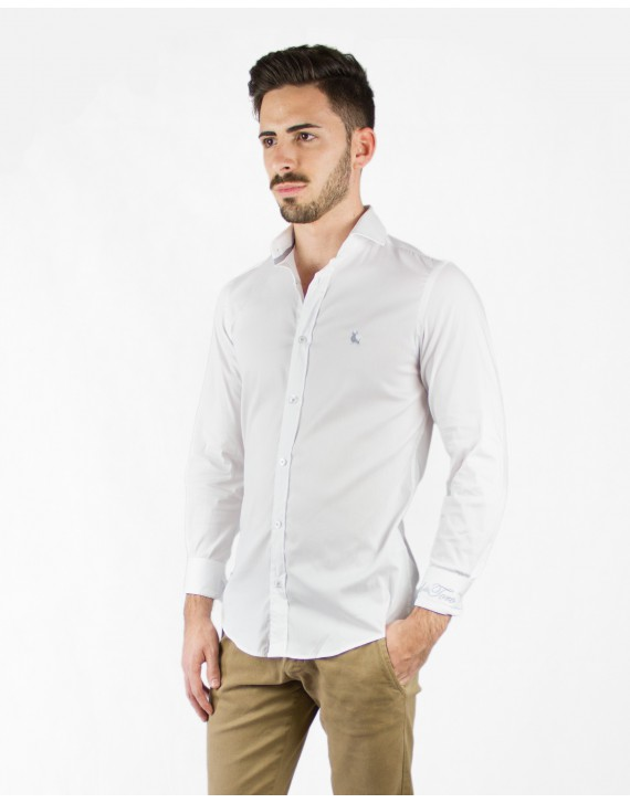 CAMISA BASICA SLIM FIT EFECTO STRETCH