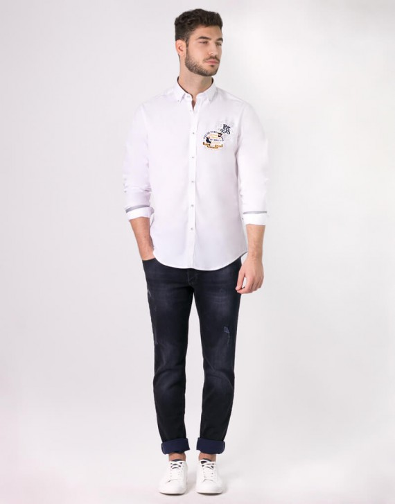 CAMISA REGULAR FIT CON BORDADOS